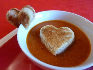 dunk-a-heart-grilled-cheese